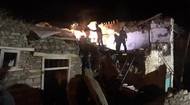 Elazığ ve Malatya'da müdahale ve iyileştirme çalışmaları sürüyor: AFAD