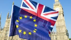 İngiltere'ye uyarı: AB Komisyonu