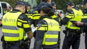 Polisten bombalı mektup uyarısı: Hollanda