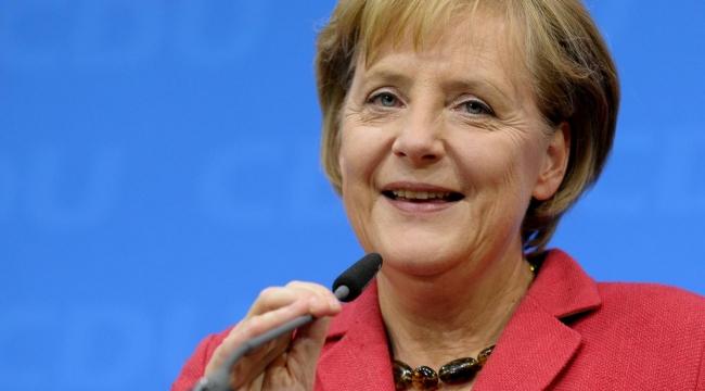 Angela Merkel karantinaya alındı: Almanya